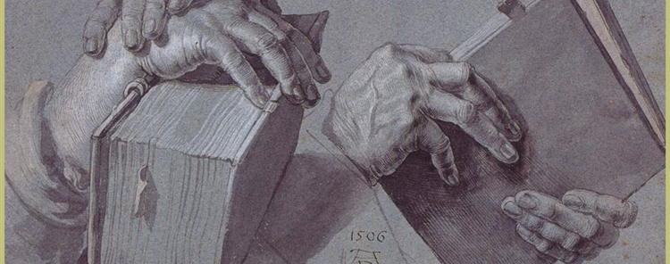 two-hands-holding-a-pair-of-books.jpg! detalhe_1_1.png